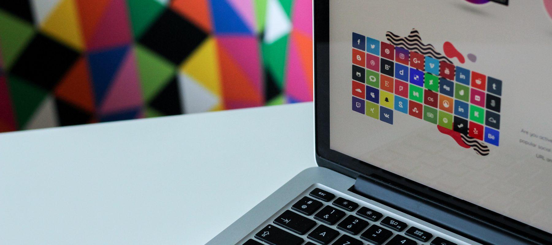 web design development laptop mockup